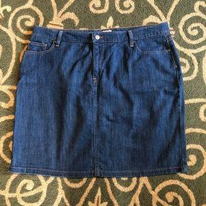 LL Bean Favorite Fit Denim Skirt 18 Reg